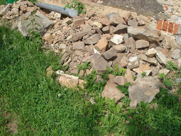Skořice - kamení