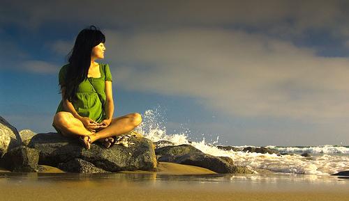 Meditating girl (authenticityassociates.com)